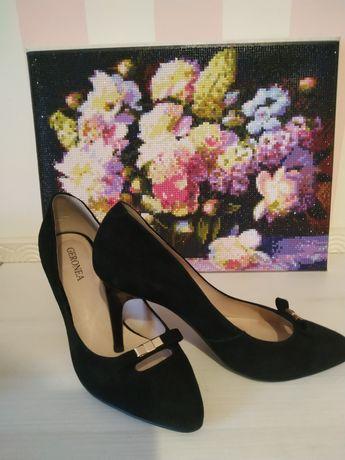 Туфли замшевые Geronea