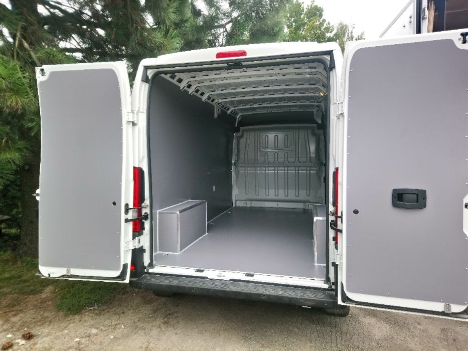 Zabudowy samochodów dostawczych do Fiat Ducato L3H2 KNAUTECH