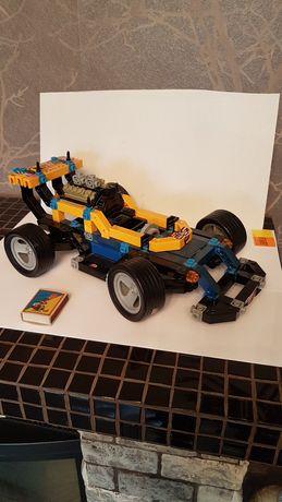 Гоночная машинка конструктор как Лего (Lego)