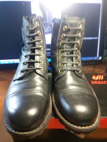 Высокие демисезонные ботинки