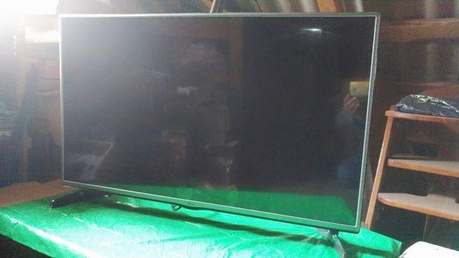 Телевізор LG 42LF620V (бита матриця)