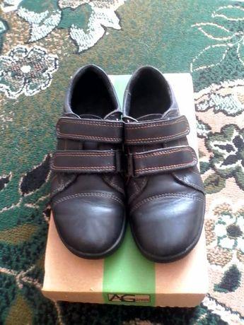 Шкіряні туфлі 36 розмір