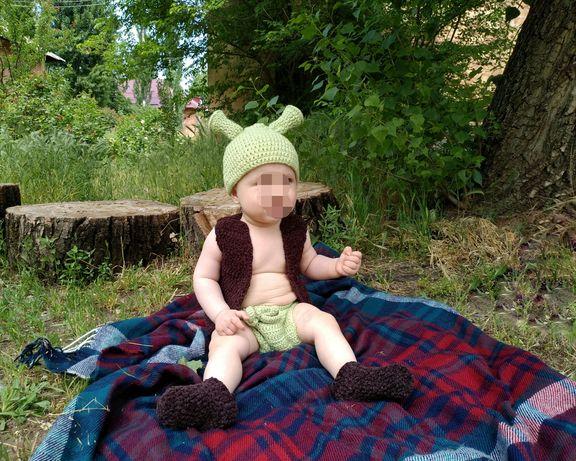вязанный костюм Шрека для фотосессии малыша