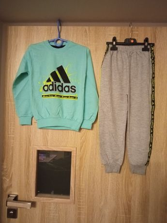 Dres Adidas lampasy