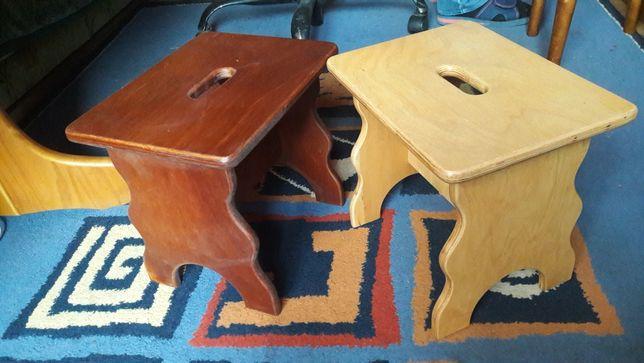 Nowe stołeczki drewniane