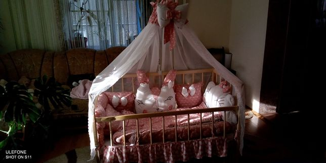 Готове вкомплектоване ліжечко