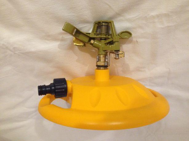 """Распылитель для полива импульсный металлический на подставке """"VERANO"""""""