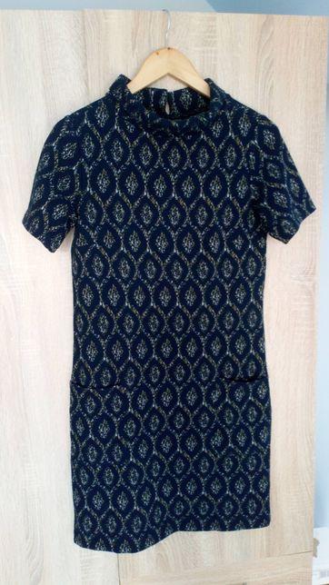 Dzianinowa sukienka rozmiar S