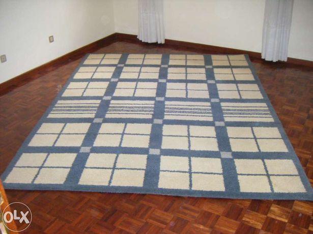 Carpete Pura lã.