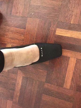 Sapatos Charles com brilhantes