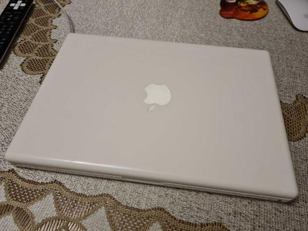 MacBook White a1181 (połowa 2009 roku)