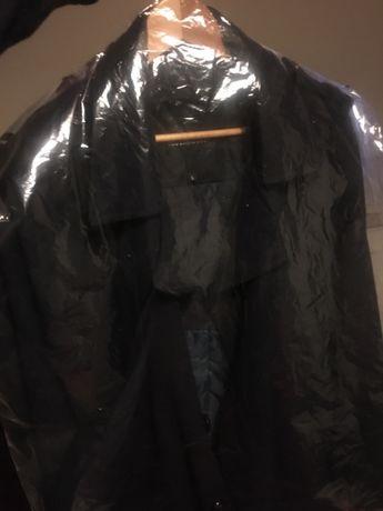 Vende casaco preto novo