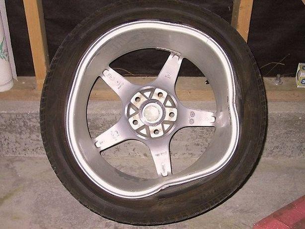 Рихтовка, правка, катка, ремонт, выкатка дисков, шини Диски шиномонтаж