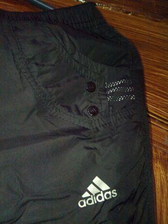Штаны на флисе черного цвета