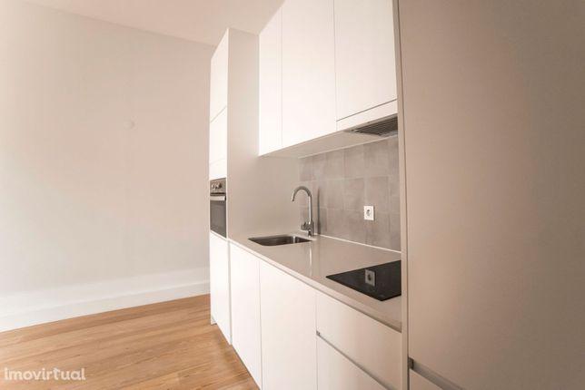 Apartamento T0 reabilitado no centro do Porto, Bonfim