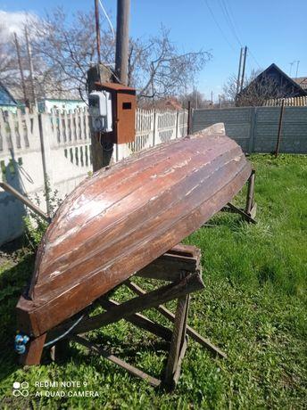 Човен, Лодка дерев'яна. Терміново