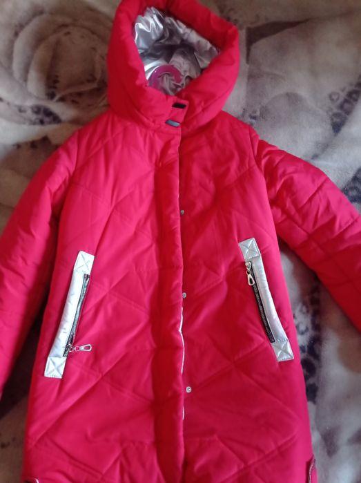 Куртка-пуховик  зима б/у на девочку Новомосковск - изображение 1