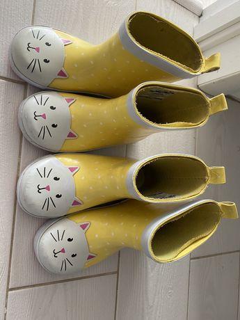 Жовті гумачки carters 25eur, 9us, 15,6см