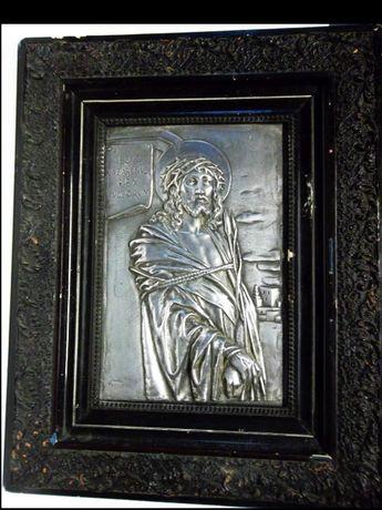 antiga grande fantastica imagem de Cristo em relevo com moldura