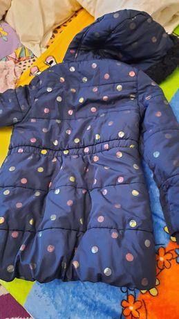 Деми курточка 6-7 лет девочке