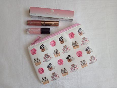 Kosmetyczka + zestaw kosmetyków GRATIS
