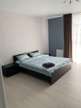 Драгоманова 2 1 комнатная люкс Квартира посуточно Позняки