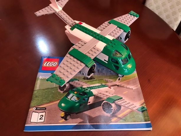 LEGO City Грузовой самолёт в Аэропорту