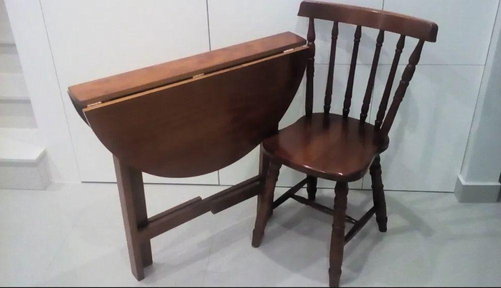 Cadeira em pinho mel - costas e pés torneados - Para quarto ou jardim?