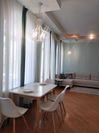 2к квартира, 70 м кв, Липки, ул Лютеранская, Крещатик