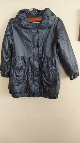 Демисезоннее пальто для девочки, 116 р