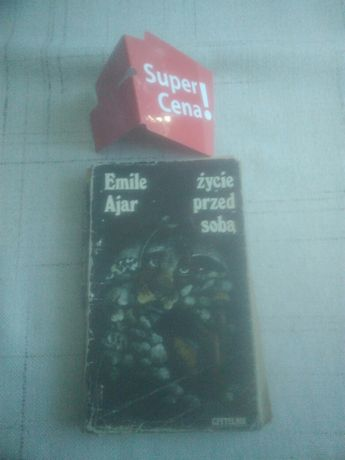 """książka """"życie przed sobą"""" Emile Ajar"""