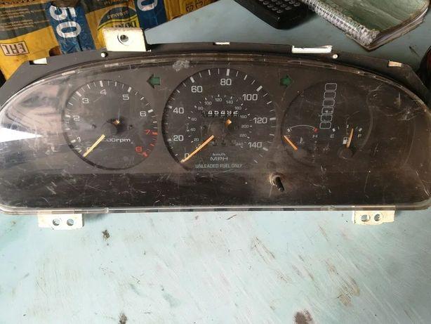 Панель приборов, щиток приборов Мазда 626 / Mazda 626