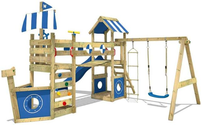 Plac zabaw drewniany domek zjeżdżalnia huśtawka dostępny od ręki hit