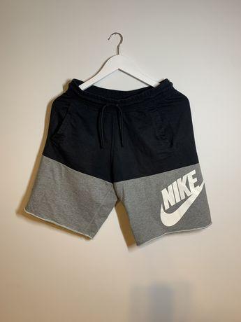 Шорты Nike NSW Tech Fleece S jordan adidas zne