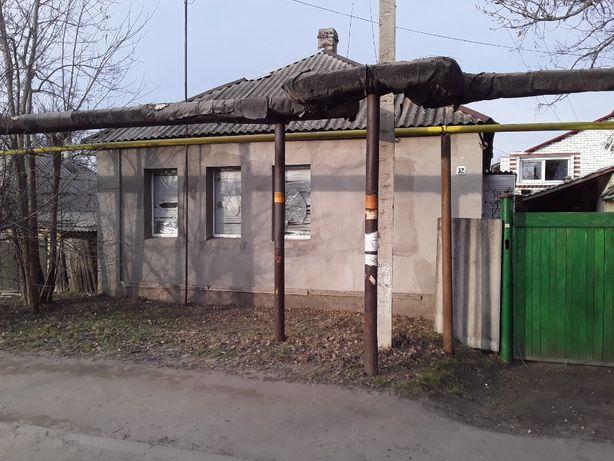 Продам дом в центре Станицы Луганской