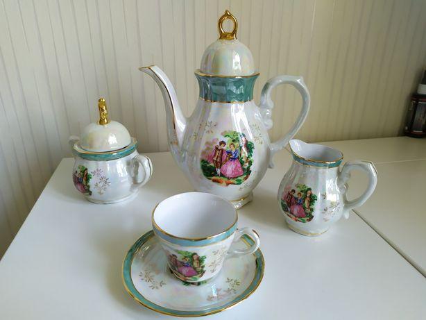 Кофейный сервиз Y.S.Victorian Fine Porcelain