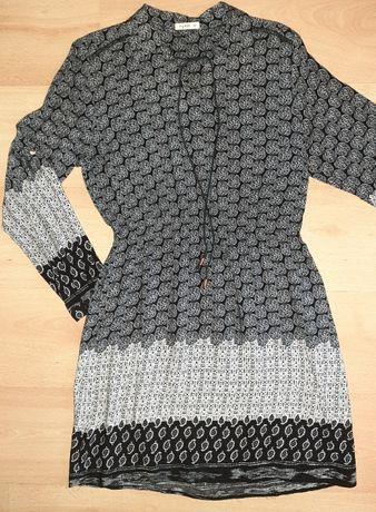 Piękna sukienka szaro – czarna we wzorki rozm. M stan idealny
