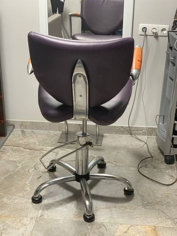 Продам стул парикмахера