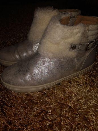 Кожаные нарядные сапоги полусапожки ботинки Mayoral 35р 23 см