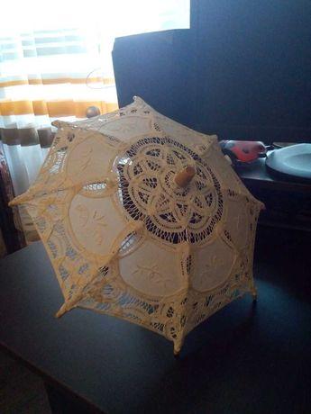 Маленький ажурный тканевый зонт