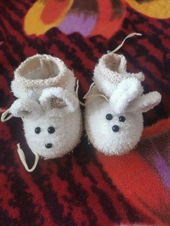 Дитяче взуття 8 пар для дівчинки до 6 місяців