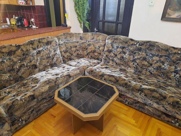 Уголок,або 2 дивана окремо