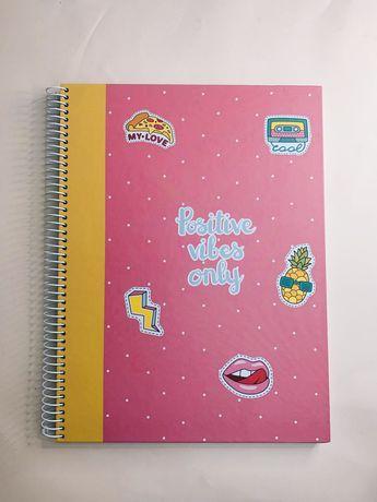 Caderno Pautado Note A4