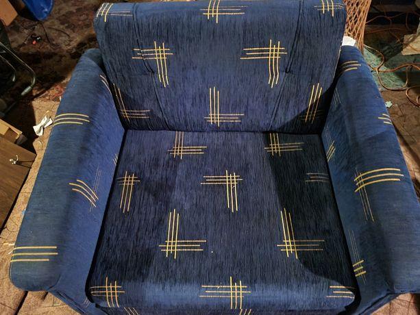 Fotel rozkladany niebieski