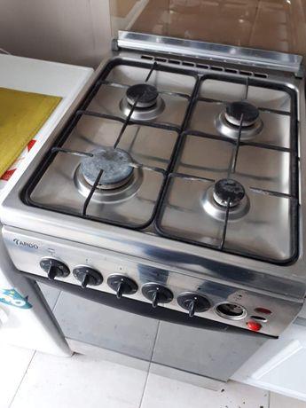 Kuchnia gazowa Ardo z piekarnikiem elektryczym