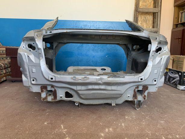 Кузов Mazda 3 BK четверть крыло корыто окуляр детали разборка лонжерон