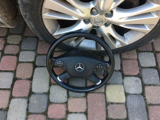Продам руль до Mercedes -Benz W212