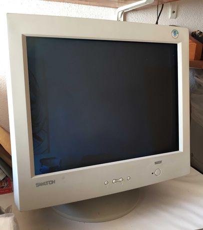 """Ecrã de computador Samtron 19"""" em óptimo estado"""