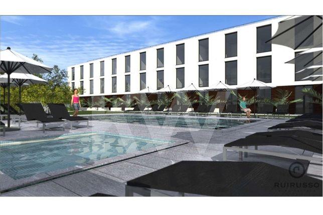 Terreno com 2 864 m2, Projecto aprovado para Hotel