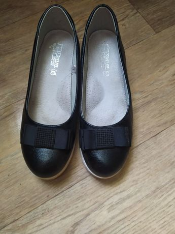 Продам туфли 37 размер.